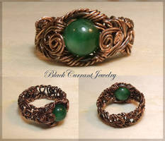 Ring with Green Stone II by blackcurrantjewelry