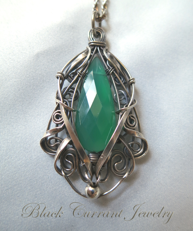 Green onyx in antiqued silver by blackcurrantjewelry