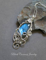Small Blue Faceted Labradorite bright silver by blackcurrantjewelry