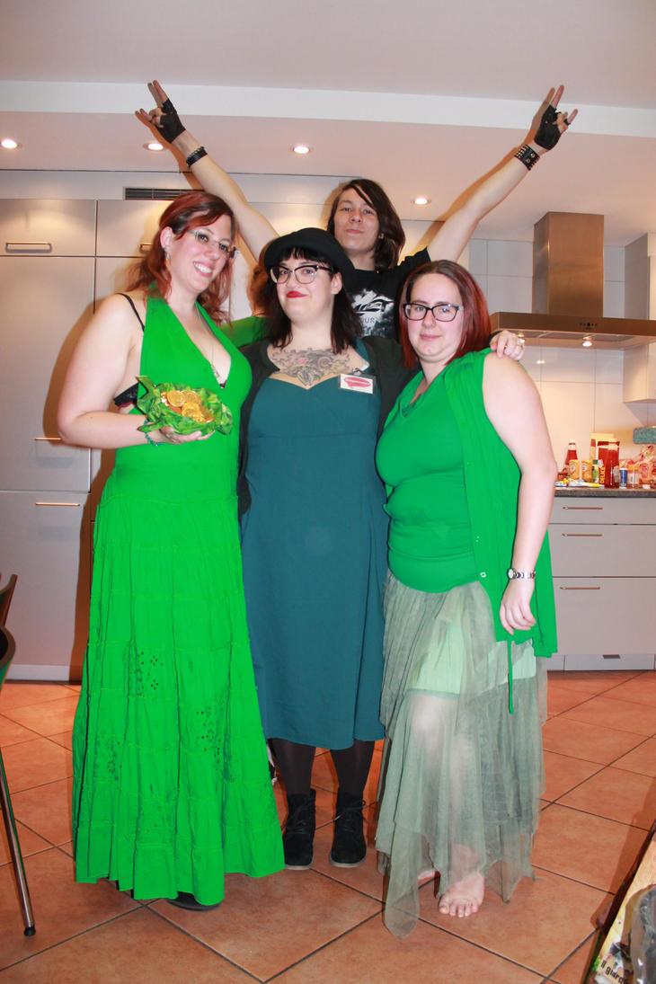 Green and Irish (fullbody) by dark-columbia