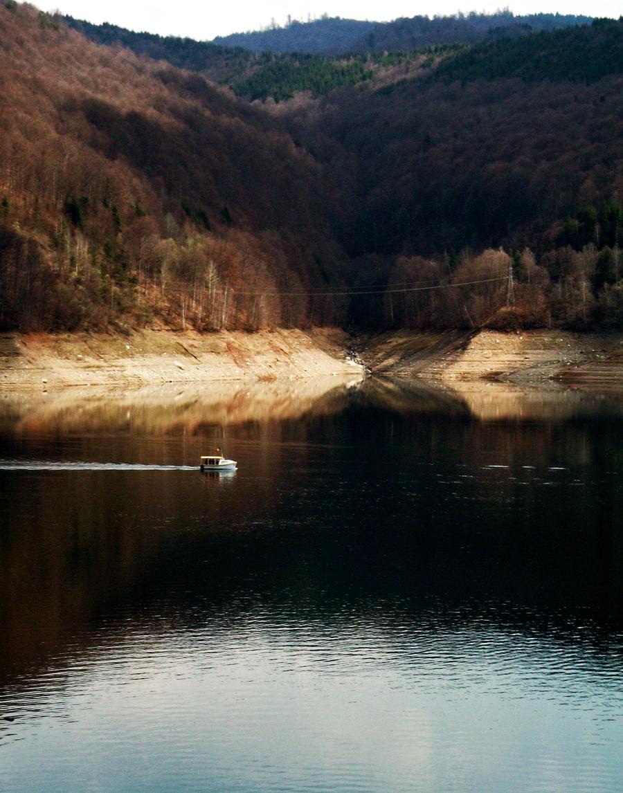 Lonley Boat by Vladiftimescu
