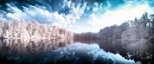 Lakeside IR Pano