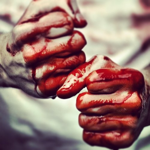 [Image: bloody_hands_by_strictlydisobedient-d656slh.jpg]
