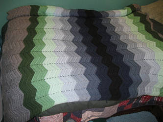 Crochet: Green to Blue Waves Blanket by shiribot
