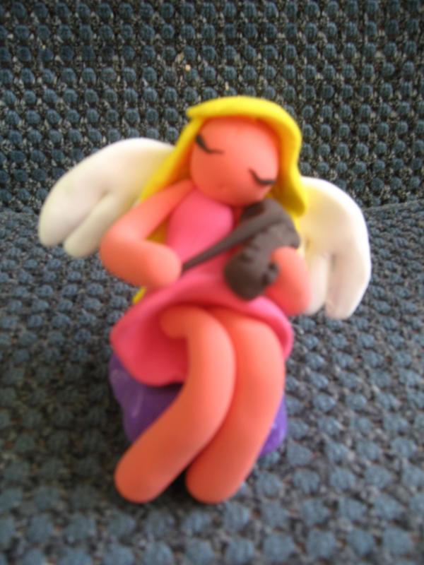 Angelic violinist by Itzea