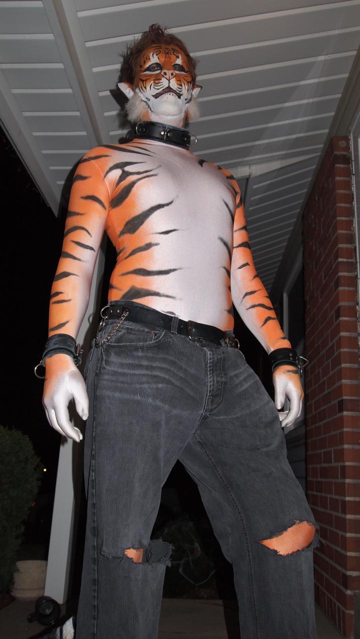 Halloween Tiger II