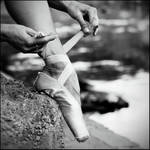 ballet shoe by nnoik