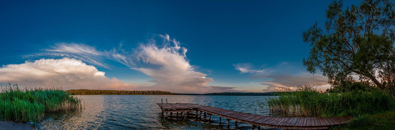 Lake by WojciechGorski