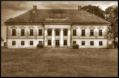 Old manor by Baltagalvis