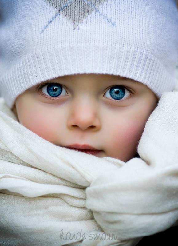 Junior blue eyes by handesengun
