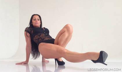 Nikolett's Shapely Legs Dream - Legs Emporium by LegsEmporium