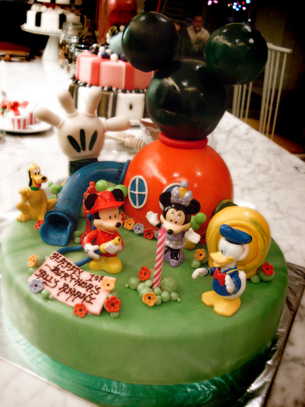 Mickey Mouse Club House Cake by Sliceofcake