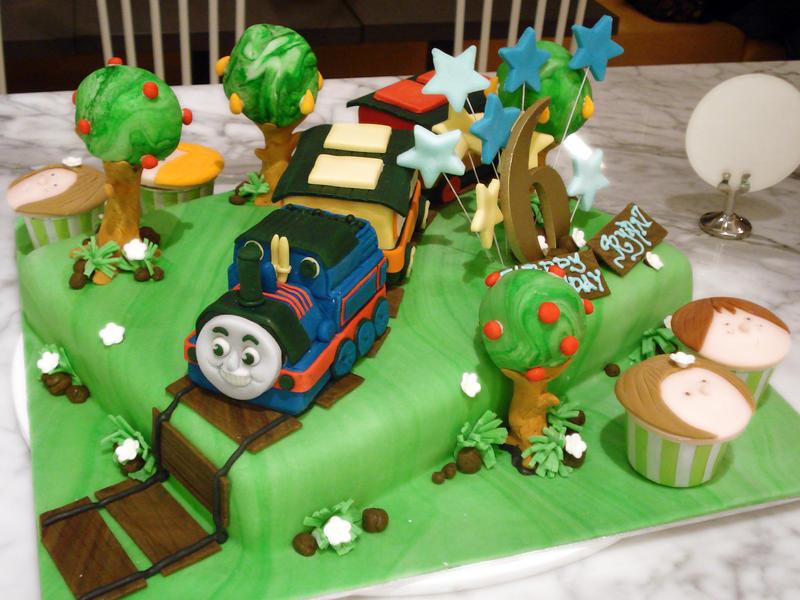 Thomas Train Cake Pictures Thomas The Train Cake by