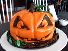 Jack-O-Lantern Cake by Sliceofcake