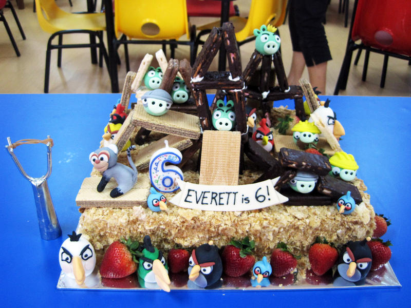 Playable Angry Birds Cake by Sliceofcake