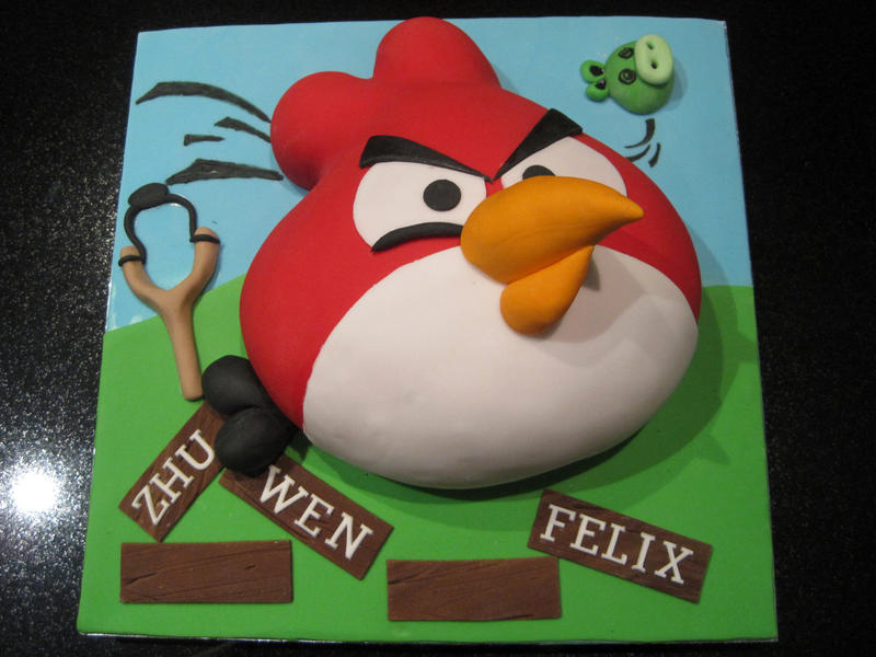 Angry Bird Cake by Sliceofcake