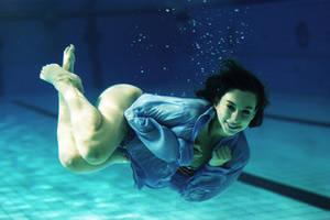 Under Water 4 by L-Netz