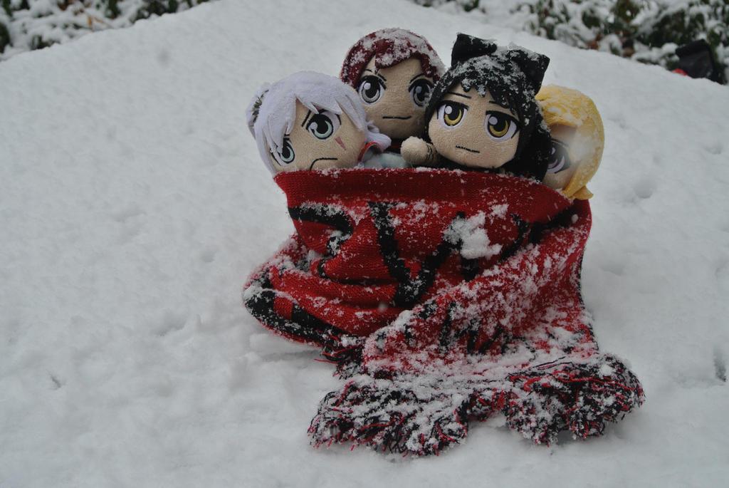 Snowy RWBY 01 by geek96boolean10