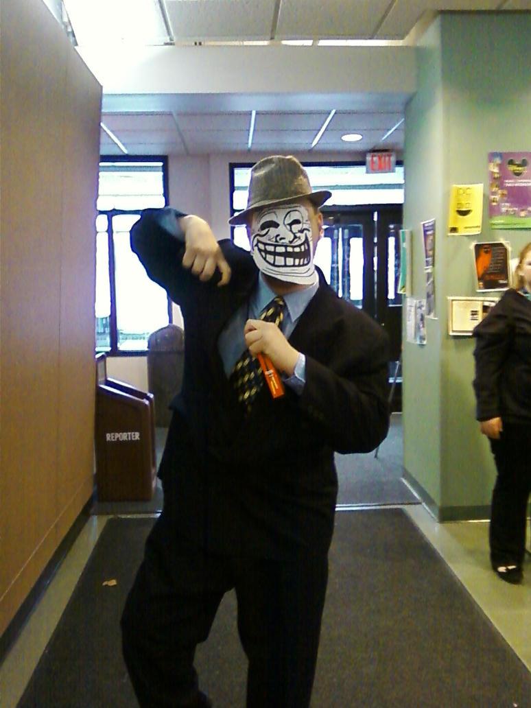 Mr. Troll by regates