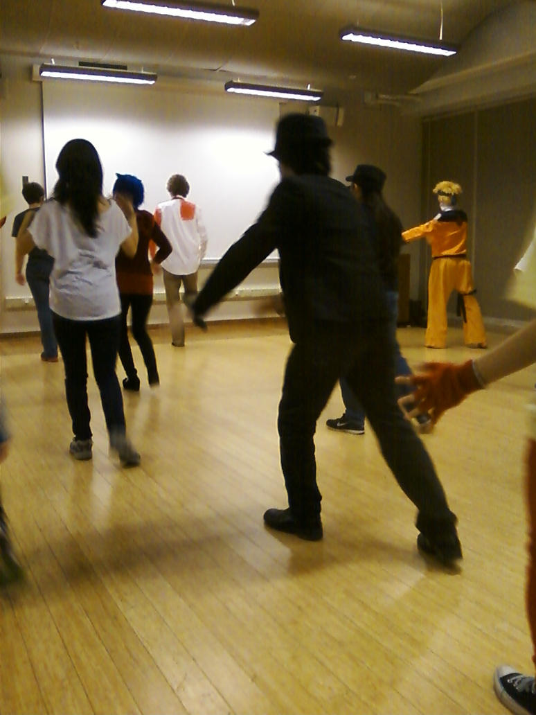 Dance 17 by regates