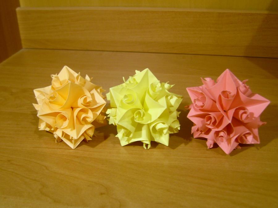3 origami flowers by rokeziukas on deviantart 3 origami flowers by rokeziukas mightylinksfo