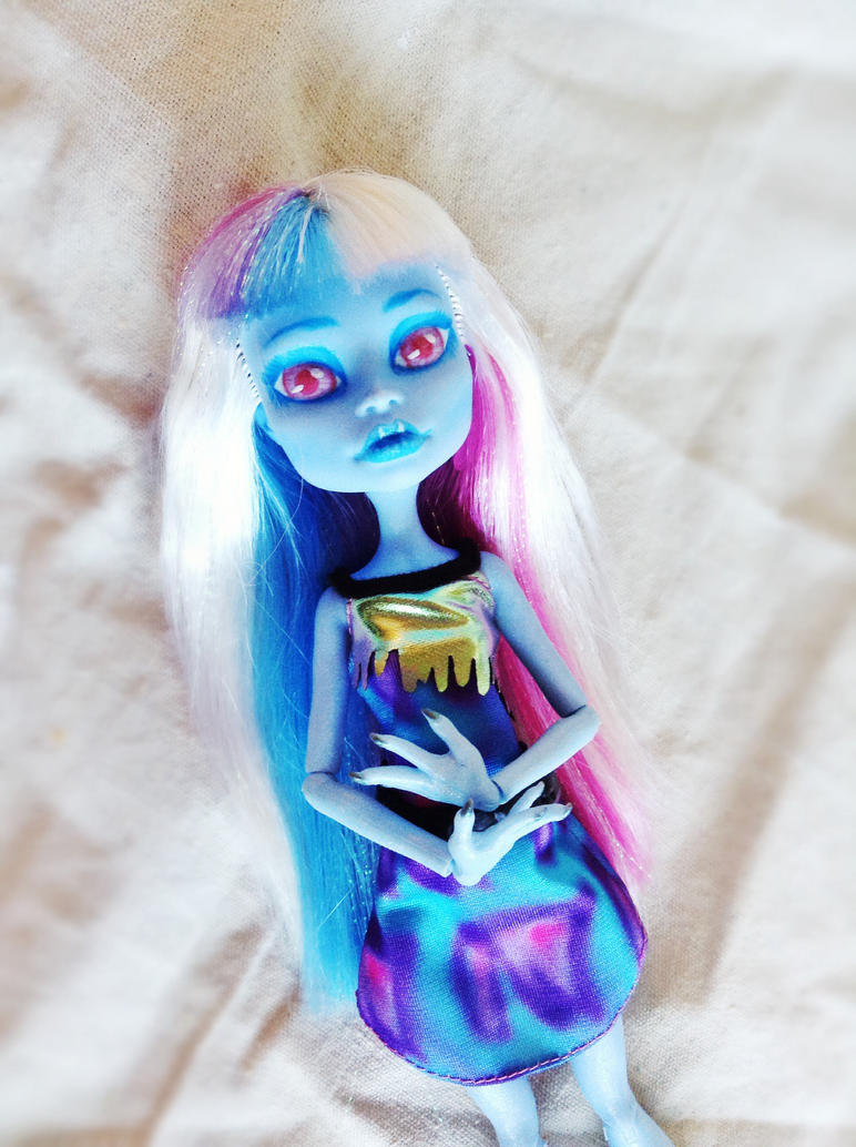 OoaK Abbey Bominable by BlazesStarGirl