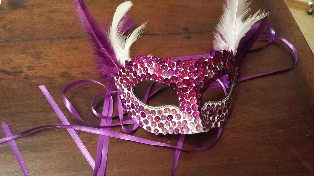 Jennifer's mask by Pepper-Dragon