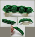 Peas pod :o by NelEilis