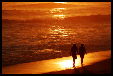 Lovers walk by Gandalf81
