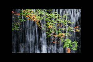 Nonubiki Falls by Osiris-NihonWa