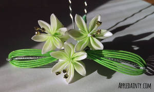 Lily Trio Kanzashi Hairpin