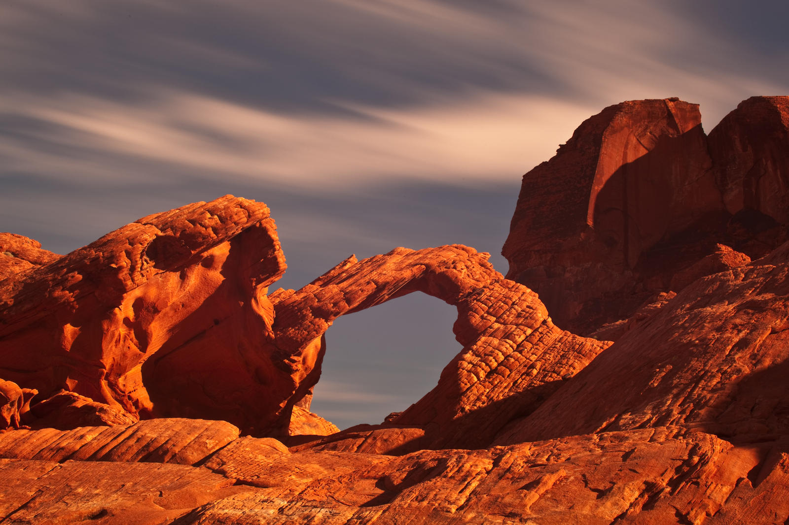 Arch Rock Valley of Fire by gursesl