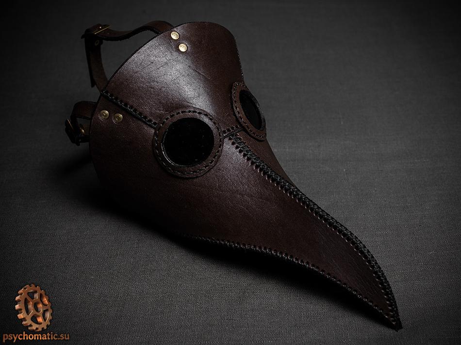 Dark brown plague doctor mask by LahmatTea