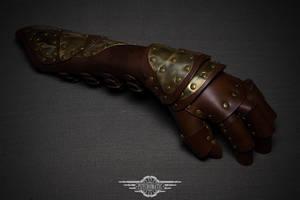 Steampunk leather glove by LahmatTea