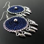 Wire crochet earrings with daggers