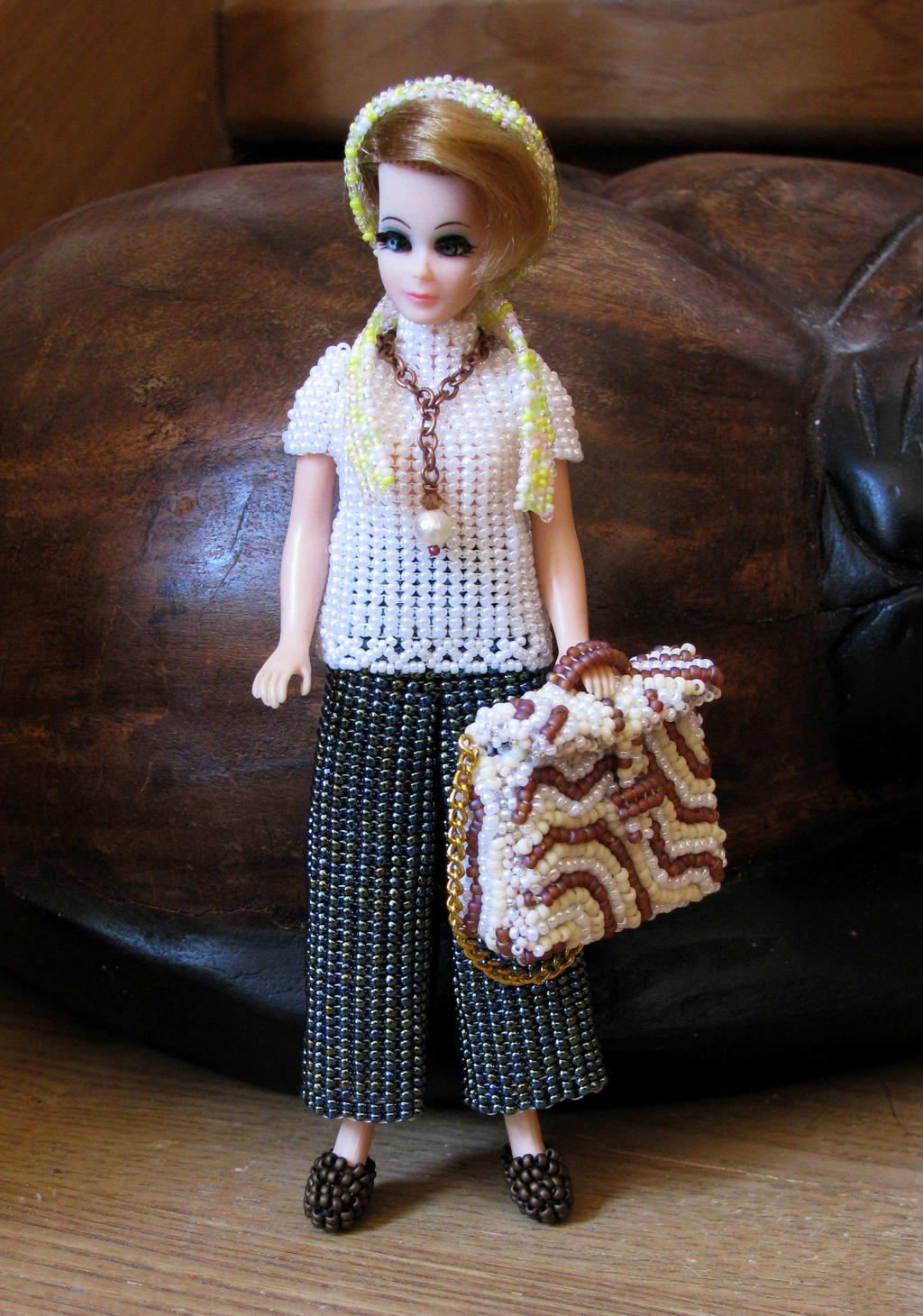 Travelling Jessica beaded doll outfit