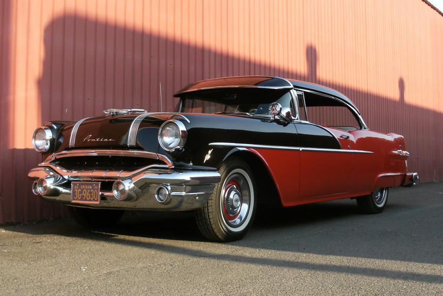 1956 Pontiac by finhead4ever