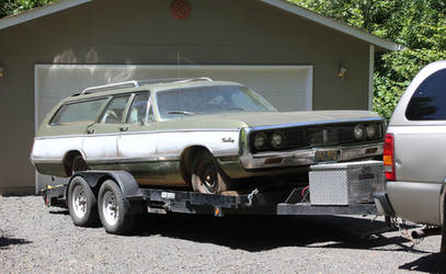 1969 Chrysler T  and  C wagon by finhead4ever