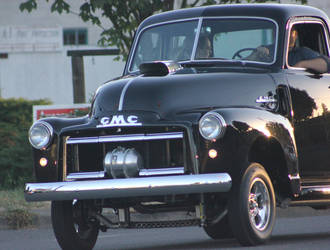 Nice GMC truck by finhead4ever
