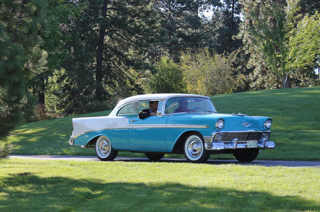 2-tone Chevy by finhead4ever