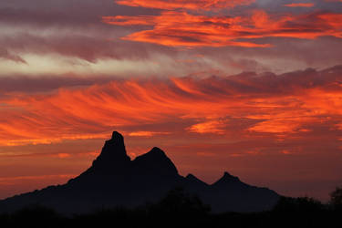 Picacho Peak sunset by finhead4ever