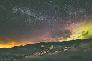 Stars above Pingvellir national park by TomsPics