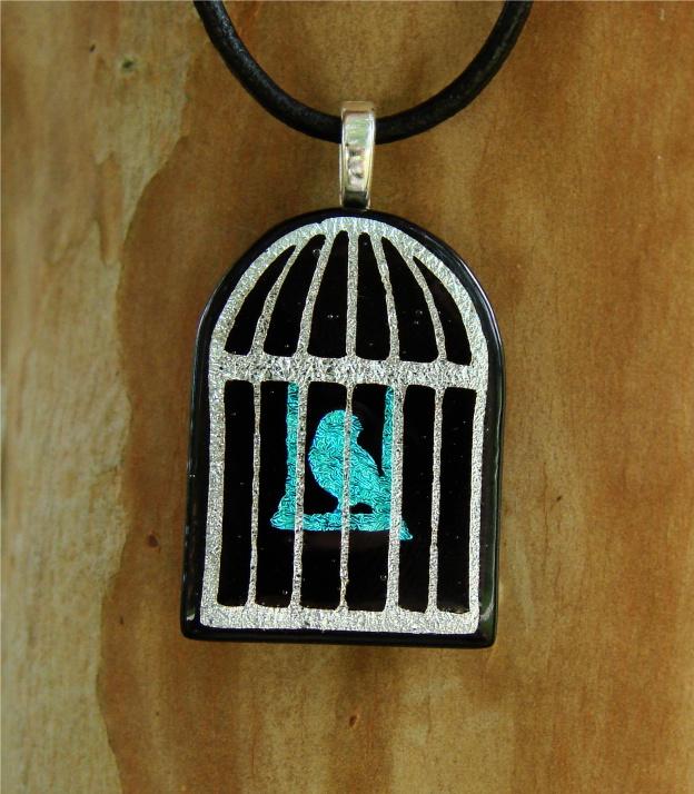 nakit -ukras ili umetnost - Page 3 My_Little_Pet_Fused_Glass_1_by_FusedElegance