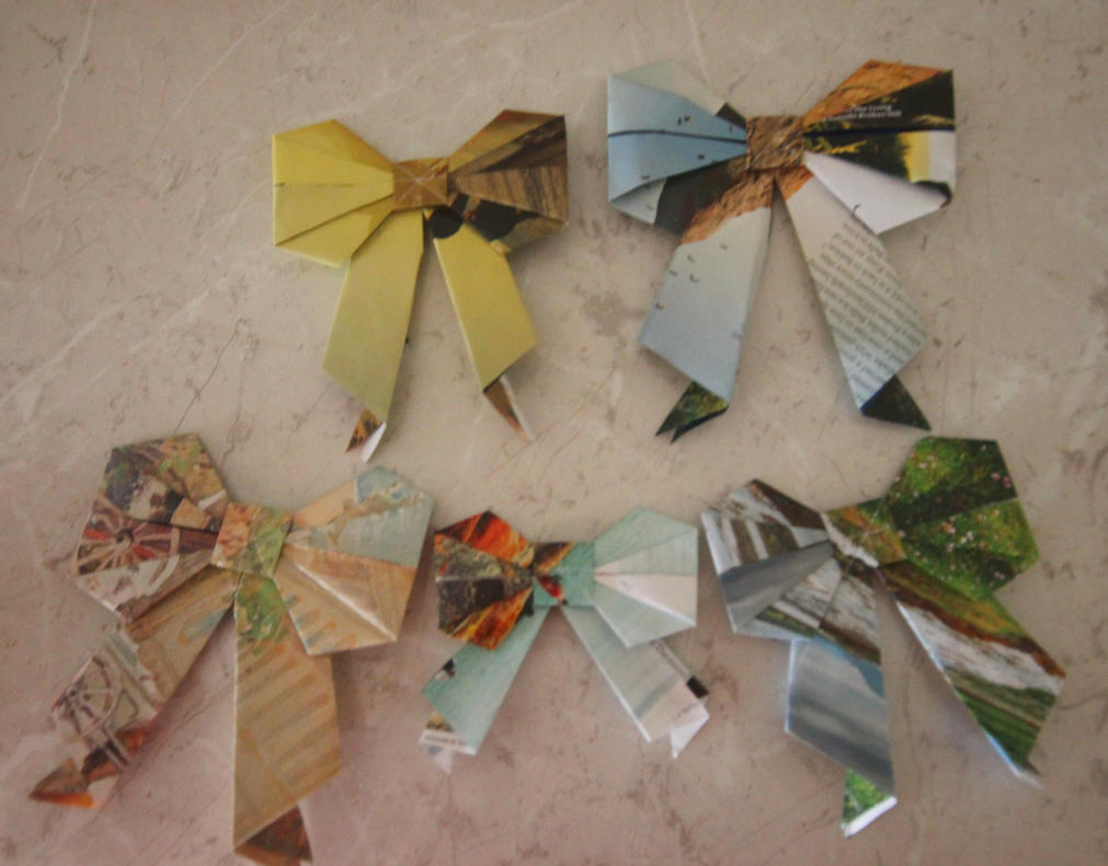 Origami bows by sharvani