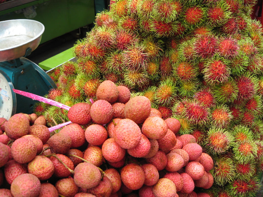 how to prepare and eat lychees