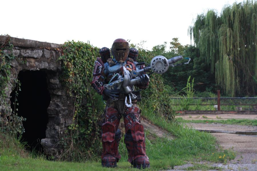 locust cosplay Gears of war