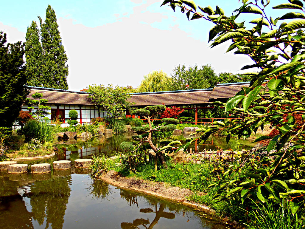 Jardin japonais. by Michel-de-Lorient
