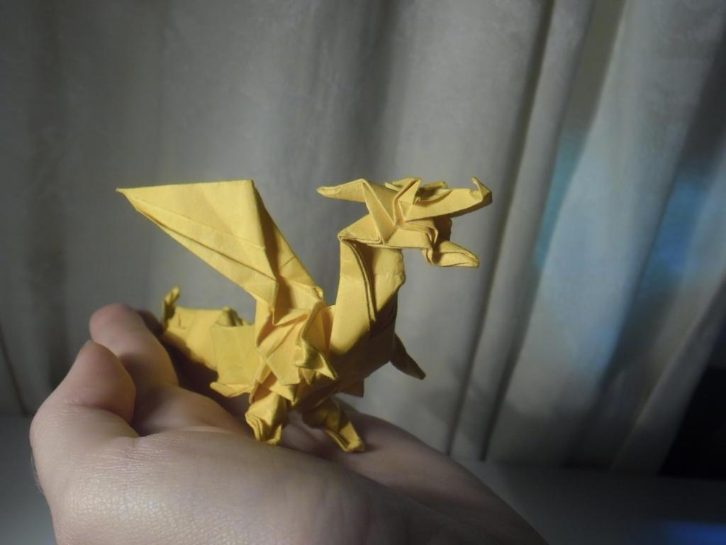 Golden Origami Fiery Dragon (Custom) by Zendar13