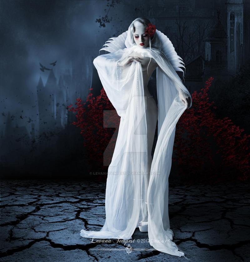 Dark Queen by LevanaTempest