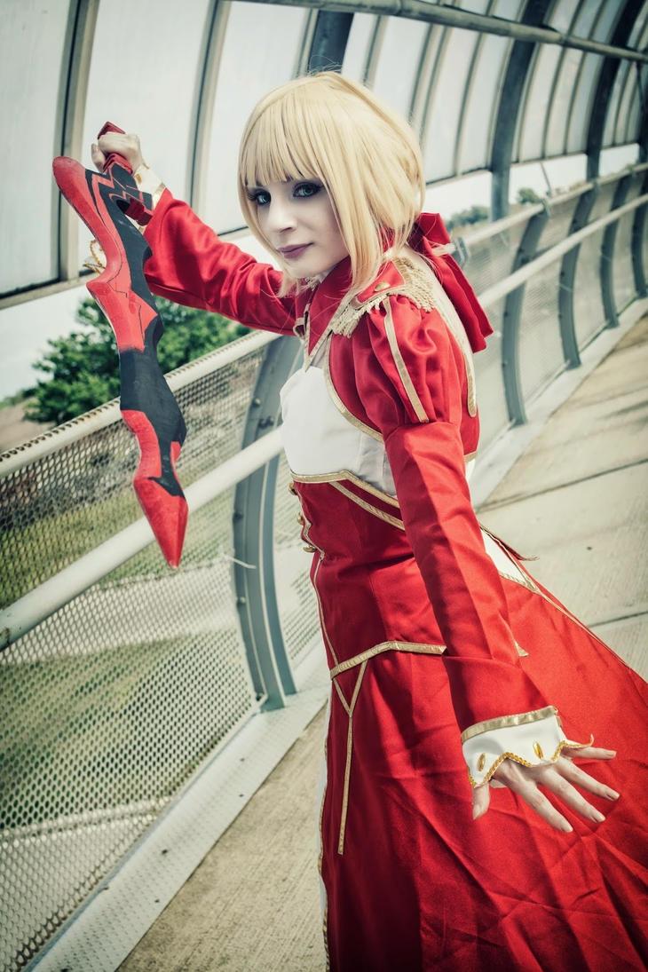 Saber red by HyruleLover